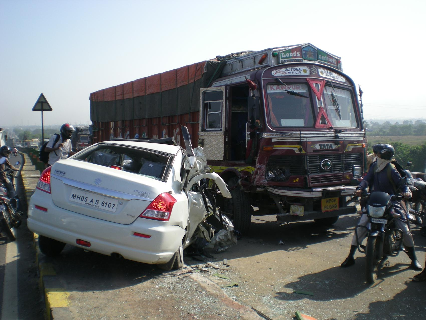 road accidents without regular license