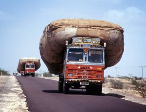 overloaded-truck-india