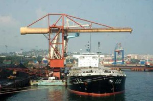 Visakhapatnam port union flays handing over of OHC to Essar
