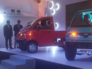 Mahindra unveils small commercial vehicle Jeeto range