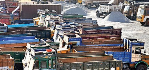 Truckers call off strike