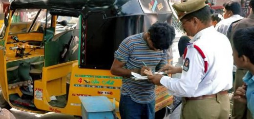 295_commercial_vehicles_fined_by_traffic_police_for_violating_permits