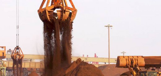Goa CM urges truck owners to accept new rates of transportation of iron ore