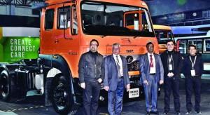 Tata-Motors-launches-new-SIGNA-690x377