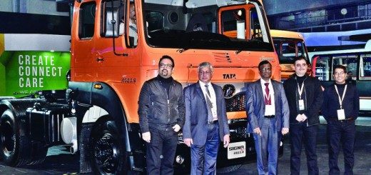 Tata-Motors-launches-new-SIGNA-690x377