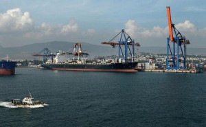 Visakhapatnam Port cruising towards handling 58 mt by Mar. 31