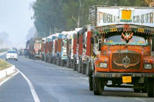 Medium, heavy truck replacement demand drops
