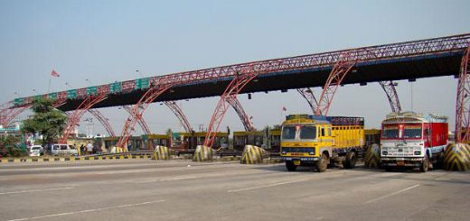 Roads ministry approves use of mobile wallets for toll collection