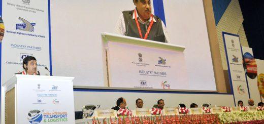 Gadkari-in-transport-and-logistics-summit