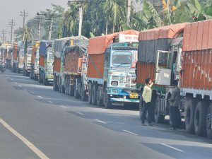 Bumps on e-way bill road worry industry