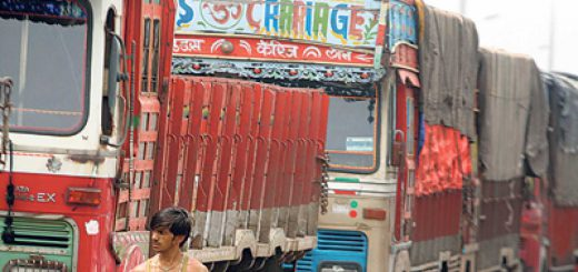 Wary of daily fuel prices hike, truckers demand quarterly increase and GST on fuel