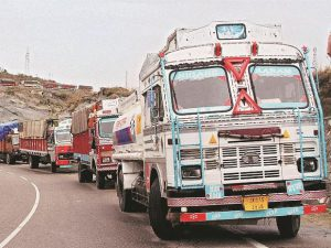 gst-chaotic-tax-overhaul-bad-news-for-truckers-cross-border-trade