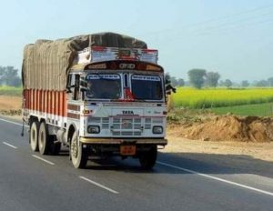 Setting up logistics hubs key to reducing truck numbers on Delhi roads