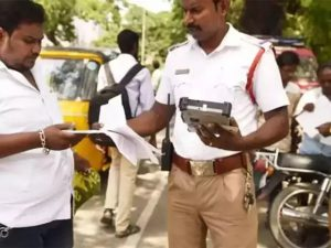 Drivers can show vehicle documents in electronic form: Madras High Court