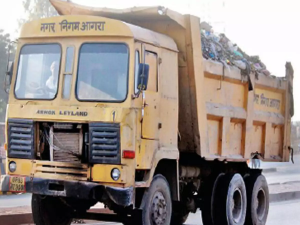Soon, Agra civic body will cover trucks carrying garbage