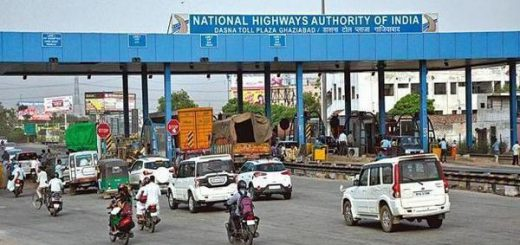 PMO's notes only a suggestion, NHAI will continue building roads: Nitin Gadkari